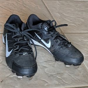 Girl's Nike Softball Cleats sz 6.5